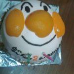 長女の誕生日に妻の手作りアンパンマンケーキ